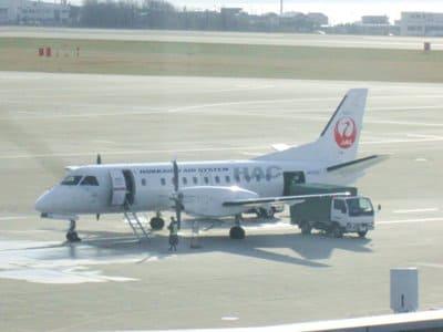 函館から札幌に向かうJALの飛行機