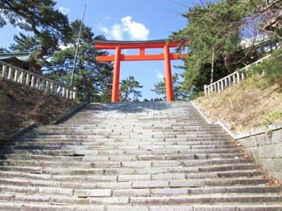 函館護国神社の石段