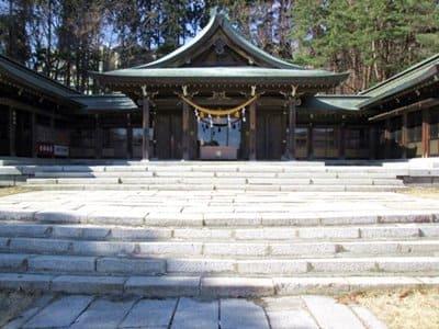 函館護国神社社殿